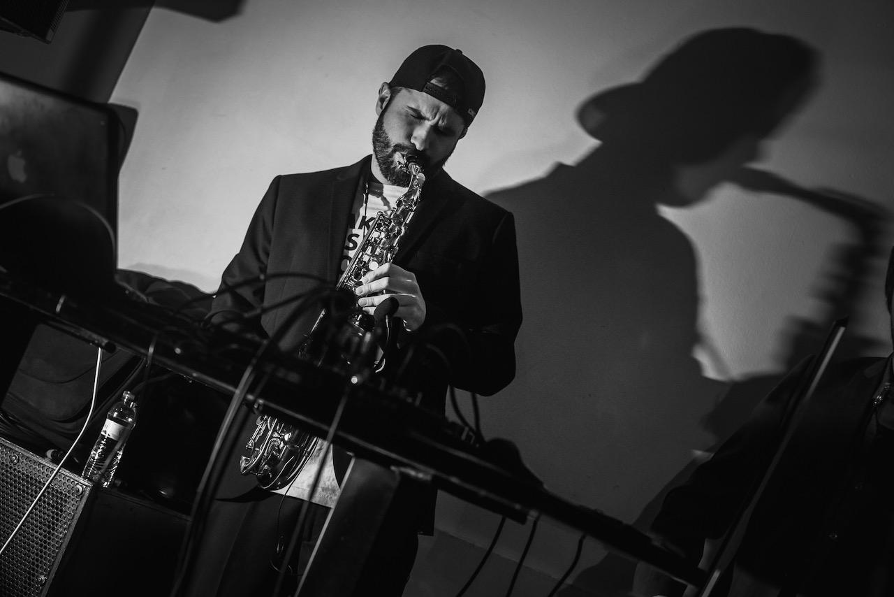 Yabloko Moloko Live Electro Swing Saxo Barcelona
